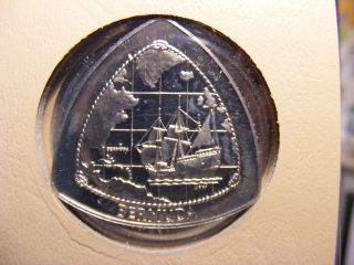 Bermuda Dollar,  1998,  Triangular Shaped Coin,  Uncirculated photo
