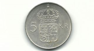 Sweden 1971 U 5 Kronor Silver Coin. photo
