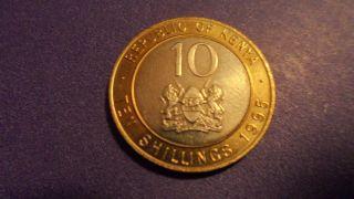 Kenya 1995,  Ten Shillings.  Coin. photo