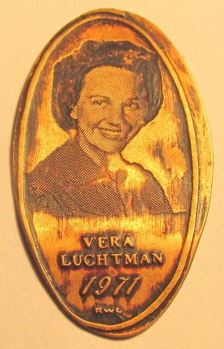 Lpe - 122 : Vintage Elongated Cent: Vera Luctman Photo (1971) photo