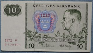 Sweden 10 Kronor Banknote 1972 - Unfolded - Gustav Vi Adolf P - 52c photo