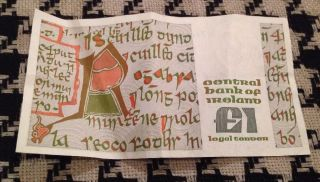 Central Bank Of Ireland £1 Legal Tender Note Very Crisp Circulated photo