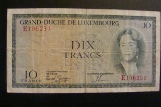Luxembourg 10 Francs 1944 photo