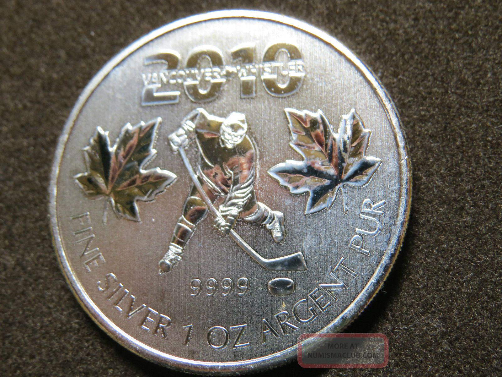 2010 1oz Silver Maple Leaf 2010 Vancouver Olympic Hockey