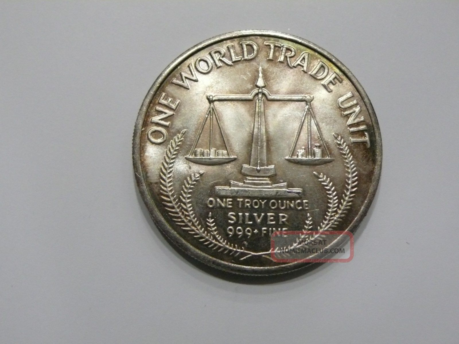 Silver World Trade Unit 1984 1 Troy Ounce