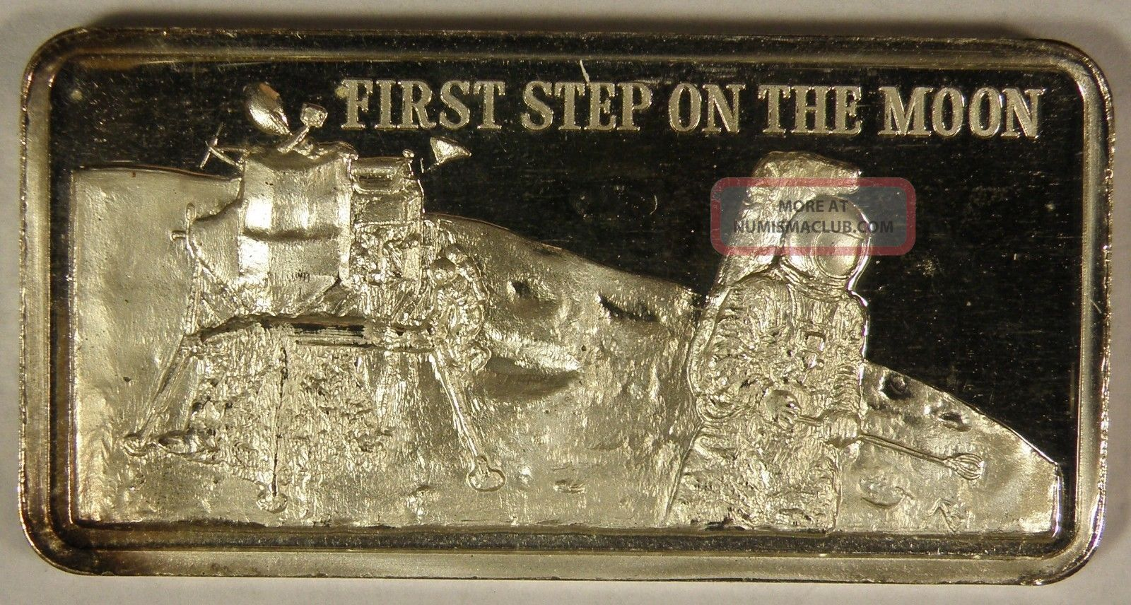 First Step On The Moon Hamilton 1oz 999 Silver Art Bar