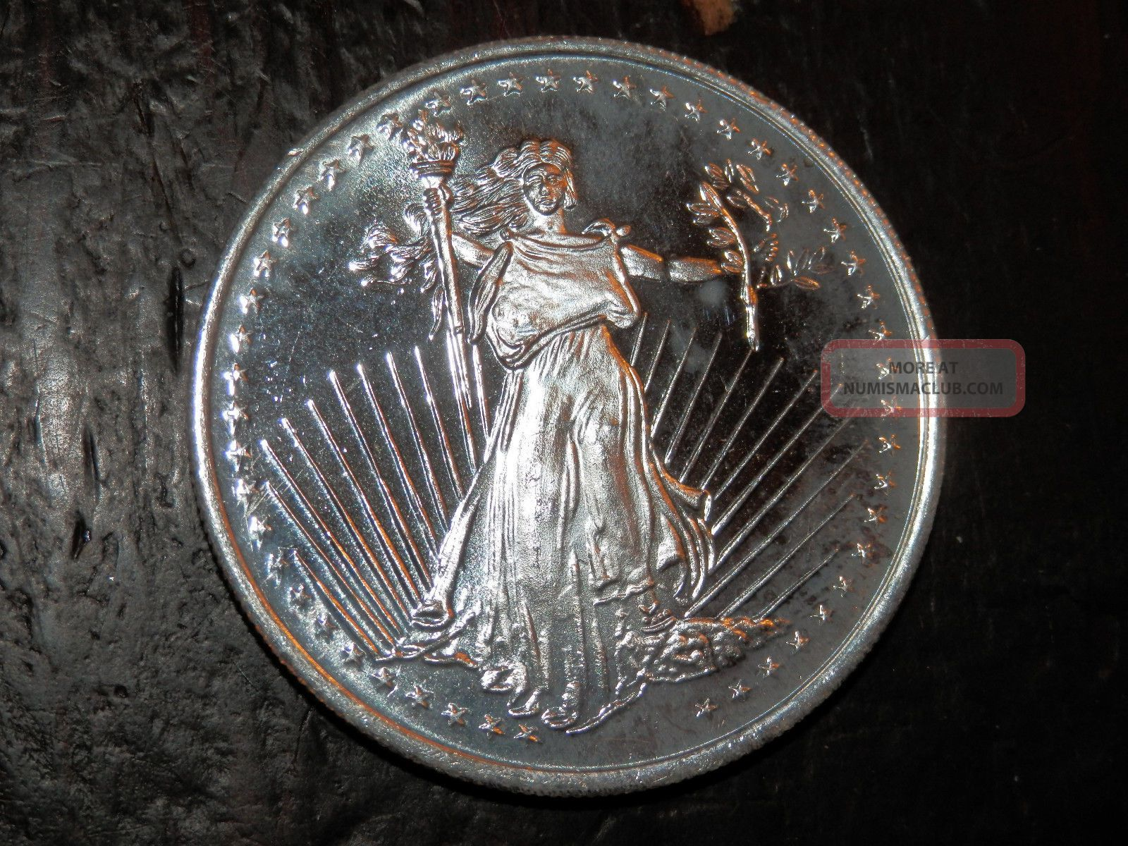 1 Troy Ounce Of 999 Silver Round From Silvertowne