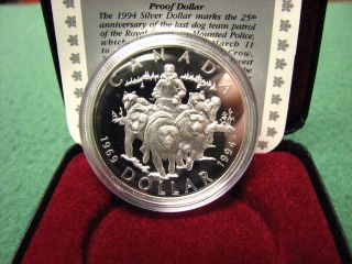 1994 Canada Silver Dollar Last Dog Team Silver Coin W/ Black Box & photo