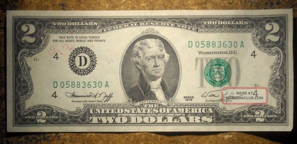 1976 2 Dollar Bill 1st Day Issue Bicentennial Stamp Federal Reserve Note