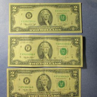 U.  S.  Two Dollar Paper Bills Total Of 6 = 1976 (4) & 1995 (2) photo