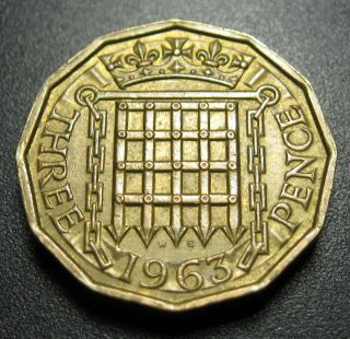 Great Britain 3 Pence Coin 1963 Km 900 Crowned Portcullis photo
