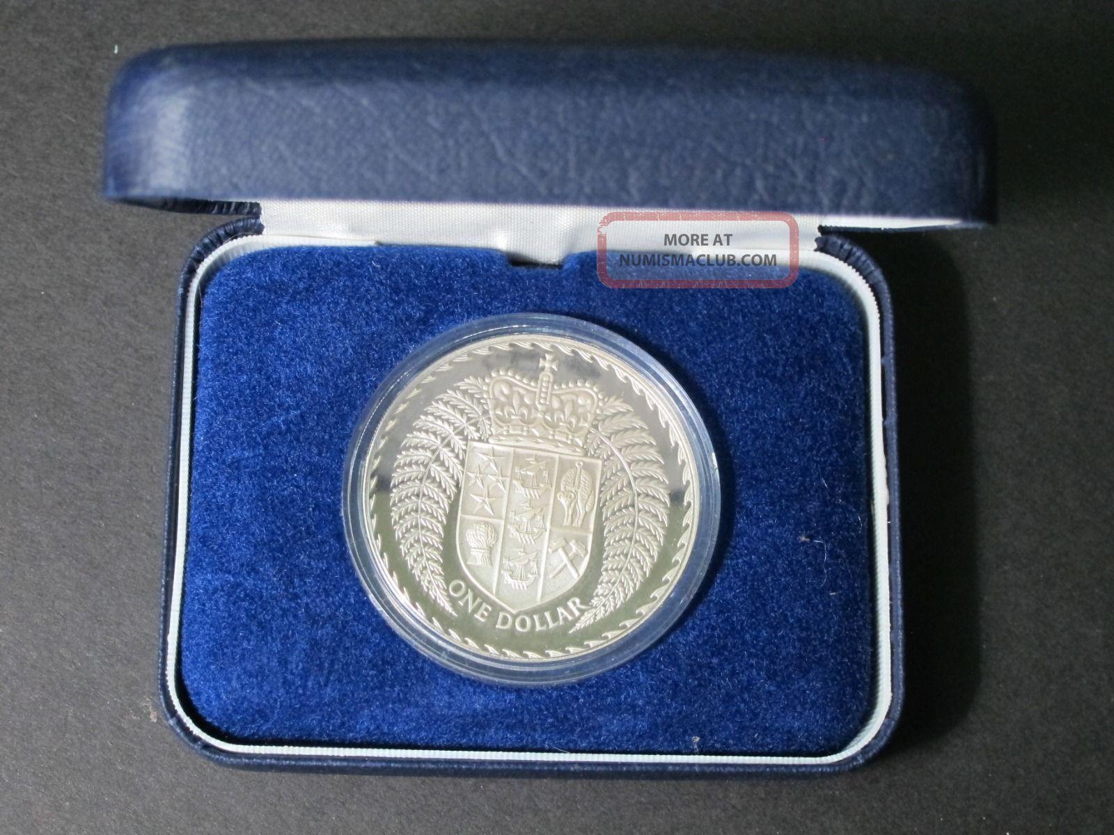 1979 Zealand Proof Silver Dollar $1 Coin In Felt Presentation Case,  Capsule Coins: World photo