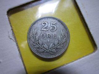 Sweden 25 Ore 1910.  600 Silver photo