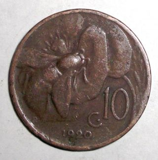 1920r Italy 10 Centesimi,  Bee On A Flower,  Insect,  Animal Coin photo