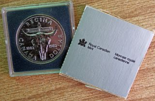 1982 Bu Canadian Silver Dollar Regina Canada $1 Skull Coin & Sleeve R photo