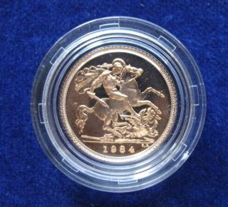 Great Britain 1984 Proof Gold Half Sovereign 3.  99 Grams 22k Retail Packaging photo