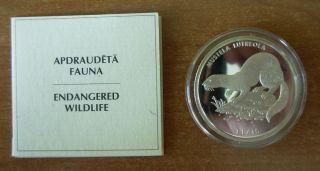 Latvia 1999 - 1 Lats - European Mink -,  Certyficate,  Box photo