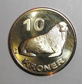 2010 Greenland 10 Kroner,  Walrus,  Animal Wildlife Coin photo