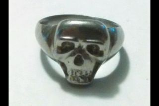 Skull Ring Mystery Metal Scrap Or Keep 8 Grams Odd Ring photo