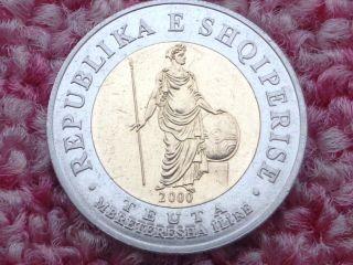 Albania 2000,  100 Leke,  Teuta,  Ancient Warrior Illyrian Queen,  Bi Metall Coin.  Aunc photo