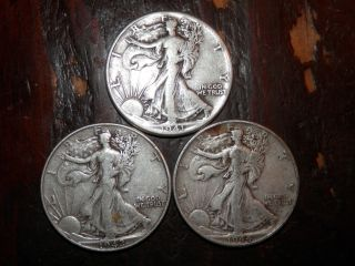 1941 - P 1942 - P 1944 - P - 3 Walking Liberty Silver Half Dollars Average, photo