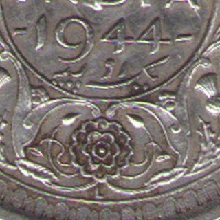 British India - 1944 - George Vi Lahore One Rupee Silver Coin Ex - Rare photo