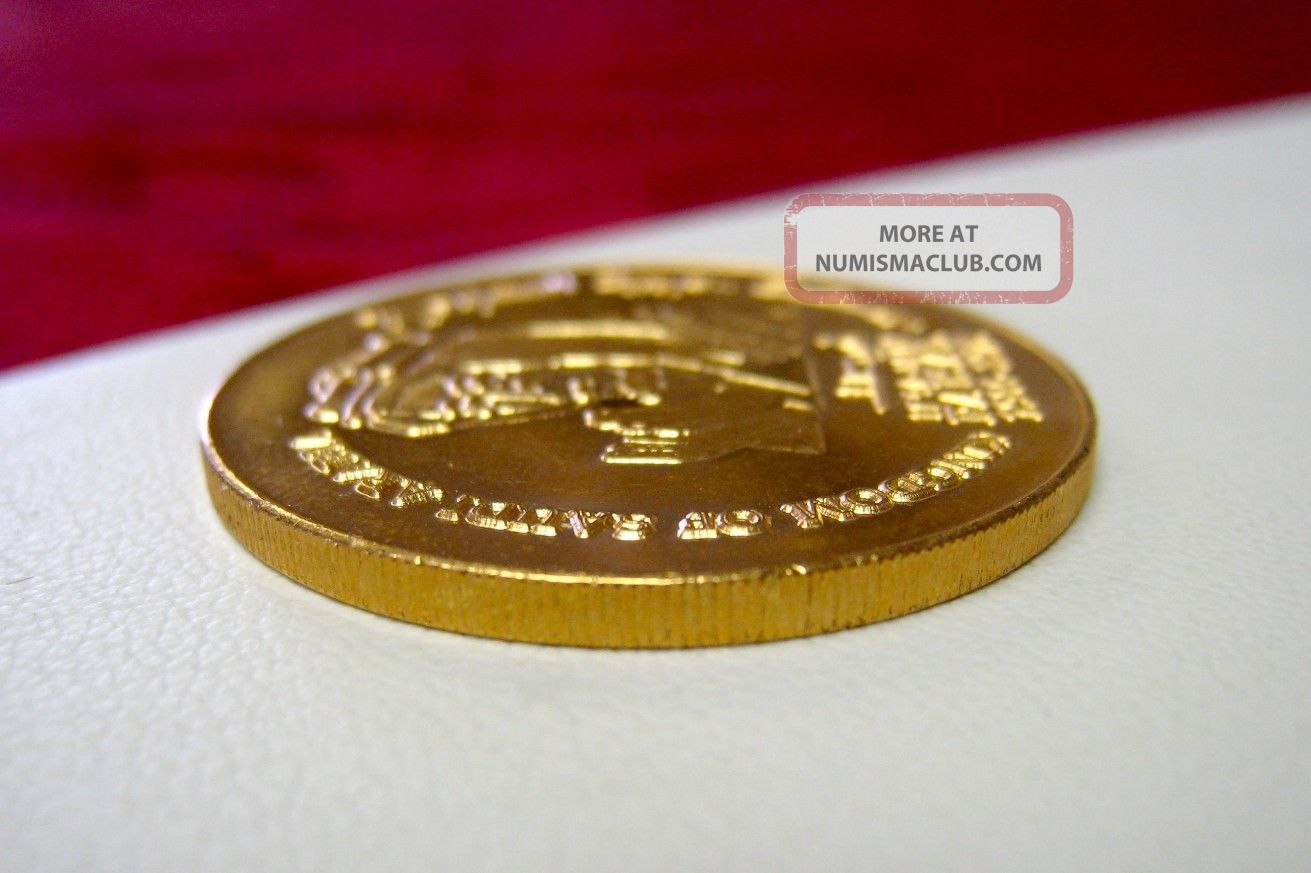 Kingdom Of Saudi Arabia Coin Medallion Golden King Faisal