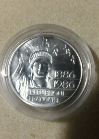 1986 France 100 Francs Pierfort Statue Of Liberty Centennial.  900 Silver Coin photo