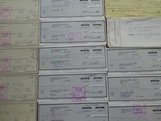 Twenty 1978 - 1979 Delorean Bank Checks And One Dmc Banking Envelope - 1978 photo