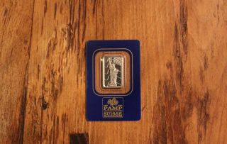 5 Gram Statue Of Liberty With Flag Pamp Palladium Bar.  9995 Pure photo