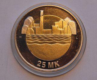 Finland 25 Markkaa 1997 80th Anniversary Of Independence Unc photo