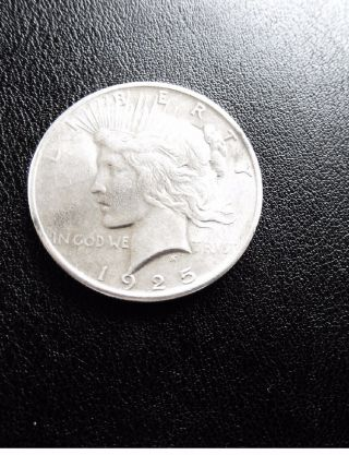 1925 $1 U.  S.  Peace Dollar Philadelphia Business Uncirculated photo