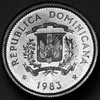 Dominican Republic 1983 10 Centavos - - - Rare Silver Proof - - - photo