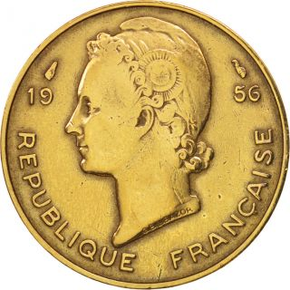 [ 95677] French West Africa,  10 Francs,  1956,  Paris,  Tb,  Aluminum - Bronze, . photo