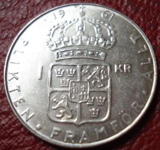 1961 - U Sweden 1 Krona In Au (. 400 Silver) photo