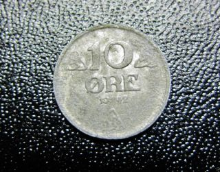 1942 Norway 10 Ore Coin Wwii Occupation photo