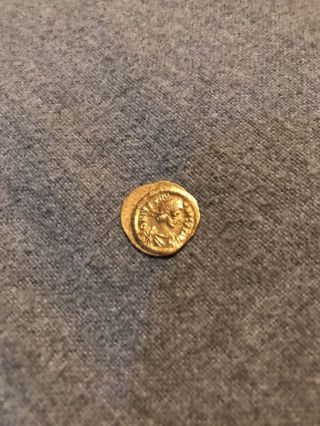 Justinian I,  Tremissis,  527 - 568 Ad,  Constantinople,  Gold, photo