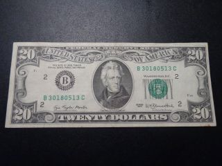 (1) $20.  00 Series 1977 Federal Reserve Note Xf Circulated. photo