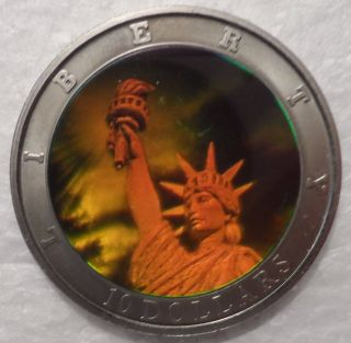 Liberia 2000 $10 Dollars Statue Of Liberty Hologram Holographic 40mm photo