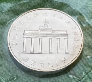 1990 German 20 Mark Silver Proof Coin The Opening Of The Brandenburg Gate & Gift photo