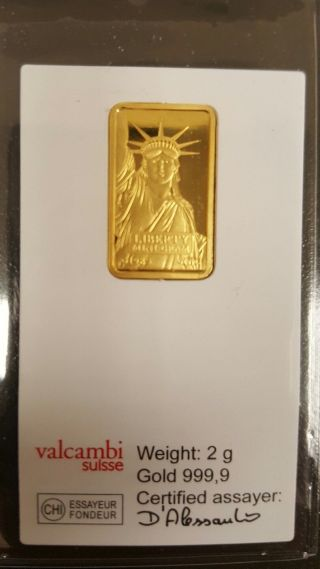 2 Gram Credit Suisse Statue Of Liberty Gold Bar.  9999 Fine (in Assay) photo