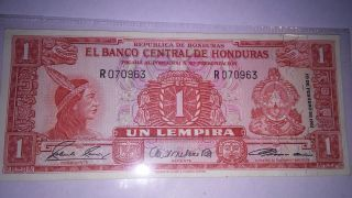 El Banco Central De Honduras Un Lempira 1961 photo