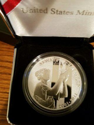 2001 Rememberance Coin 2001 - 2011 Silver Coin 1 Oz photo