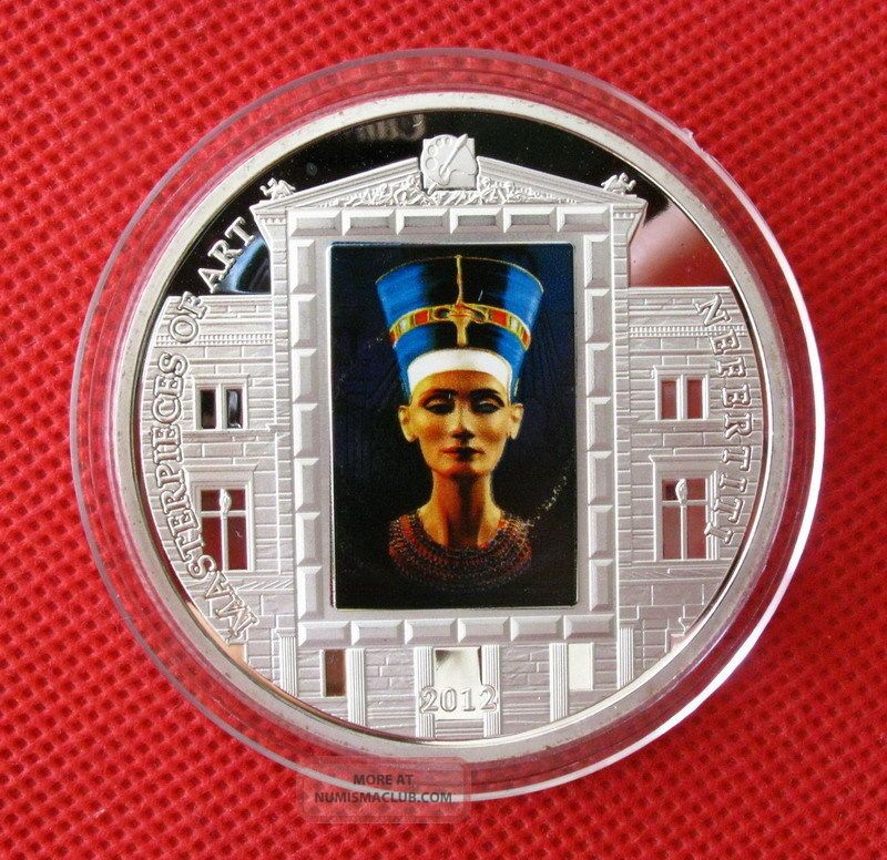 Nefertiti,  Ancient Egypt Queen,  Colored Silver Commemorative Coin,  55mm Coins: World photo