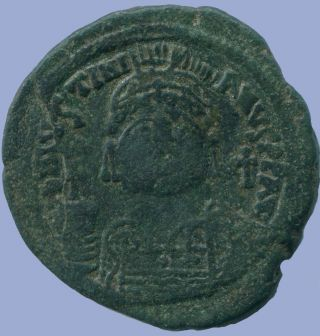 Justinian I Æ Follis Constantinople 542/543 18.  01 G/35.  58 Mm Anc13668.  16 photo