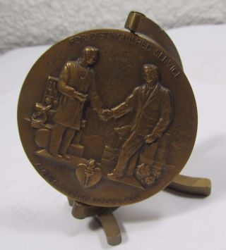 Medallic Bronze Medallion Medal Stand Distinguished Service American Heart Assn. photo