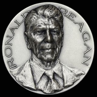1981 Ronald Reagan Official Inauguration Silver Medal By Medallic Art Co.  Maco photo