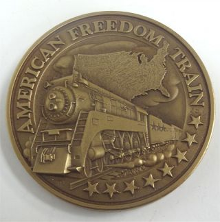 1976 Bronze Medallic Arts Freedom Train Medal Box photo