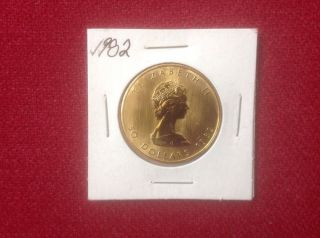 1982 1 Oz Canadian Maple Leaf.  999 Fine Gold Coin photo