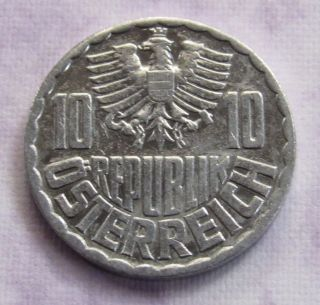 Austria 10 Groschen,  1979 photo